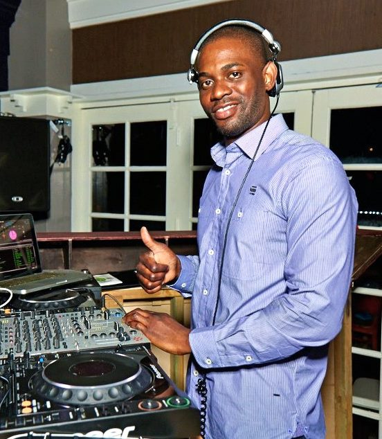 the dj booth essay Welcome to dj booth music company we specialize in pro sound, pa systems, dj equipment, and stage lighting, as well as offering instruments and accessories from quality brands as peavey, jbl, qsc, odyssey, and dbx, to name just a few.