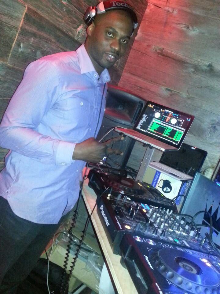 Mark Larush, DJ Mark Larush
