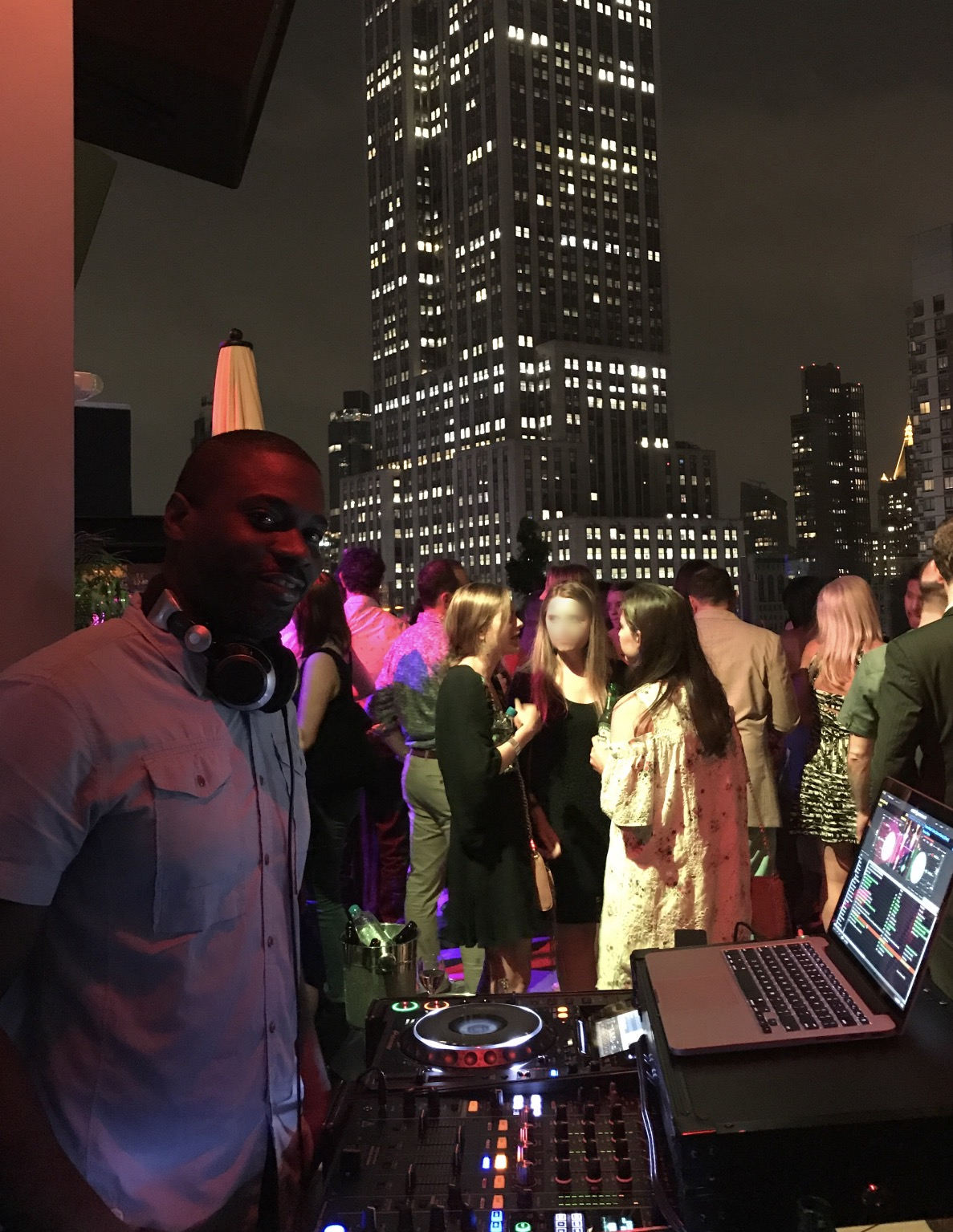 Mark Larush Spinning @ Monarch Rooftop